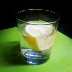 Woda z cytryną wiele potrafi zdziałać